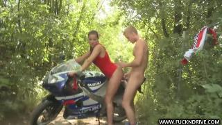 Русское порно: Angel Rivas Hot Race For Anal Queen 2011